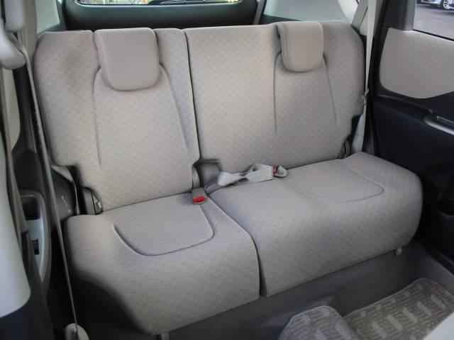 トヨタ ラクティス X Lパッケージ 4WD DVDナビ バックカメラ 禁煙車