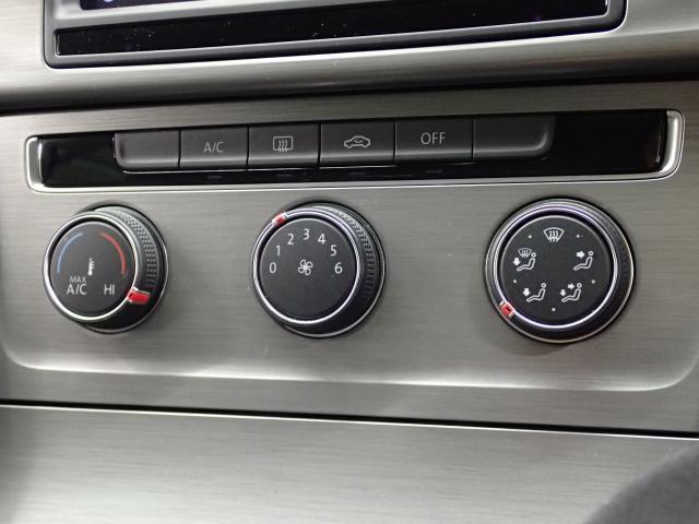 フォルクスワーゲン VW ゴルフヴァリアント TSIコンフォートライン 純正ナビ ETC キセノンライト