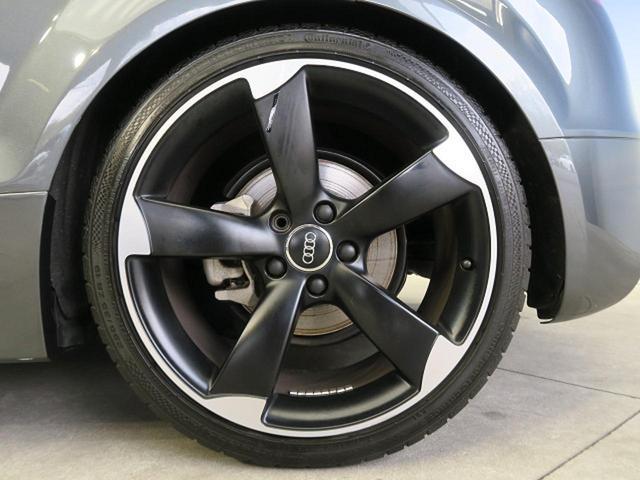 ●限定車専用アームローターデザイン19インチアルミホイール『中古車では気になるタイヤの山も残っています。タイヤやアルミホイールのオーダーも安価にて可能です。お気軽にご相談ください。』