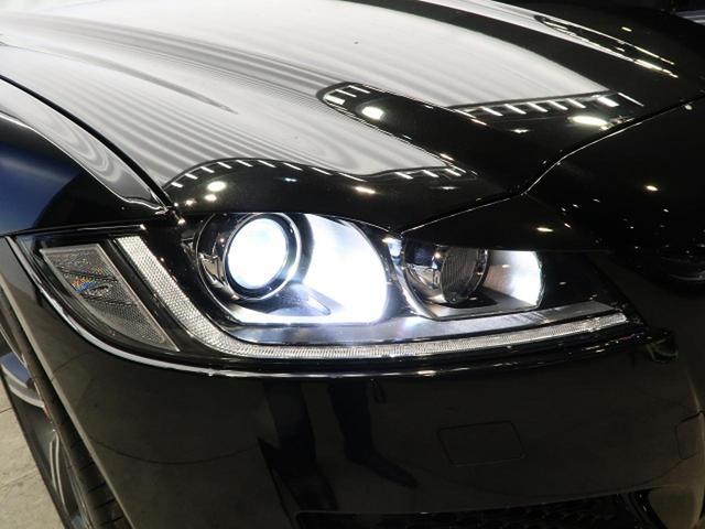 ●HIDヘッドライト『ハロゲンの数倍の明るさを誇るキセノンヘッドライトで、安全運転を支える良好な視界を!』