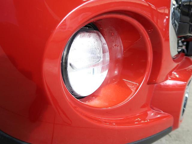 ●純正フロントLEDフォグランプ『ヘッドライトのカラーとマッチしていて非常に綺麗です。』