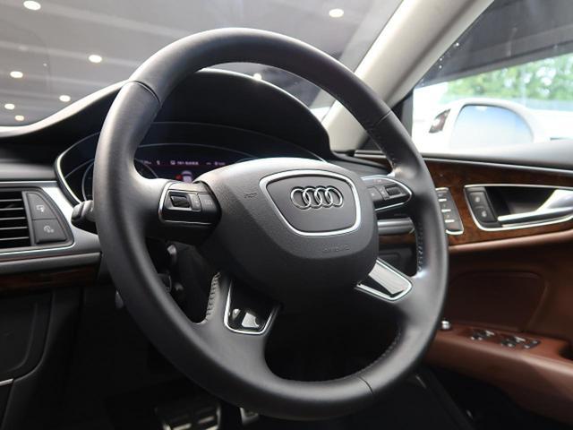 2.0TFSIクワトロ アシスタンスPKG ACC サイドアシスト マトリクスLED 20インチAW プライバシーガラス ブラウンレザーシート パワーシート シートヒーター 4WD BOSEスピーカー 電動リヤゲート ETC(10枚目)