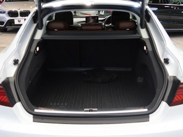 2.0TFSIクワトロ アシスタンスPKG ACC サイドアシスト マトリクスLED 20インチAW プライバシーガラス ブラウンレザーシート パワーシート シートヒーター 4WD BOSEスピーカー 電動リヤゲート ETC(14枚目)
