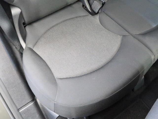 クーパー クロスオーバー 禁煙車 HIDヘッドランプ 純正AV CD再生 スマートキー 電動格納ミラー オートライト 純正16インチAW フロントリアフォグランプ オートエアコン(27枚目)