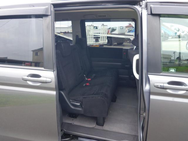 ホンダ ステップワゴン G 4WD 両側スライドドア 8人乗 ミニバン
