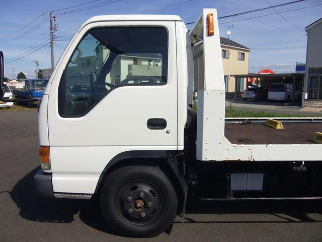 いすゞ エルフトラック 積載車 2000kg リモコン付 セーフティローダー関東仕入