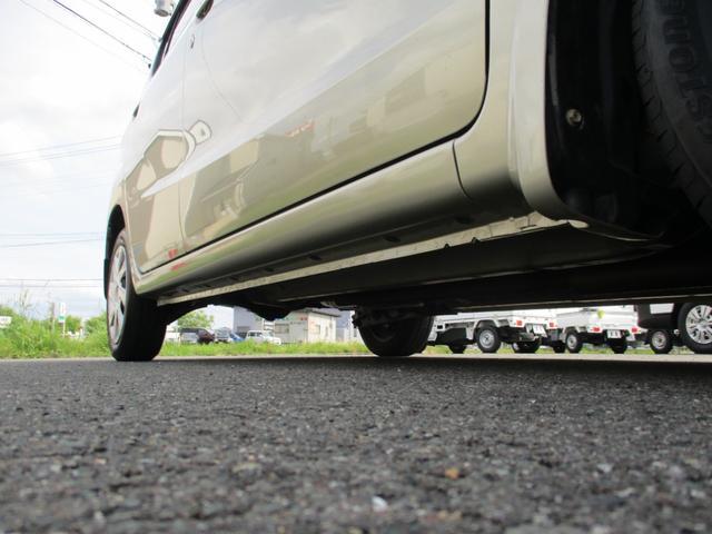 F 4WD/5速マニュアル/ABS/エアバック/保証付き販売車両/内外装クリーニング済み/MT(46枚目)