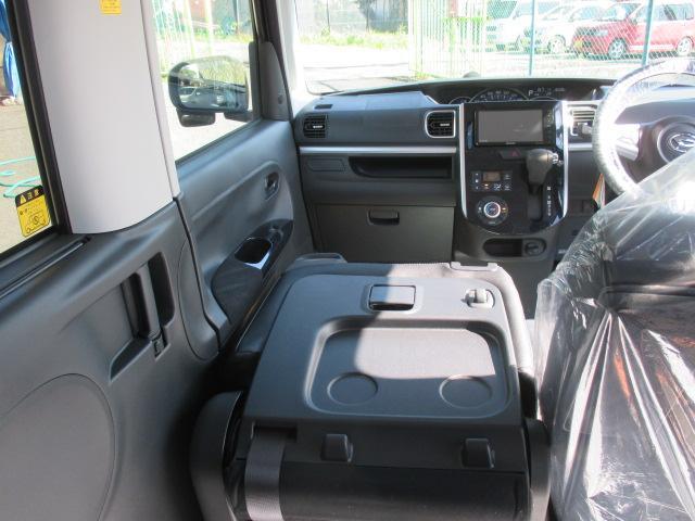 ダイハツ タント カスタムX トップエディションSAII 社外ナビ 電動ドア