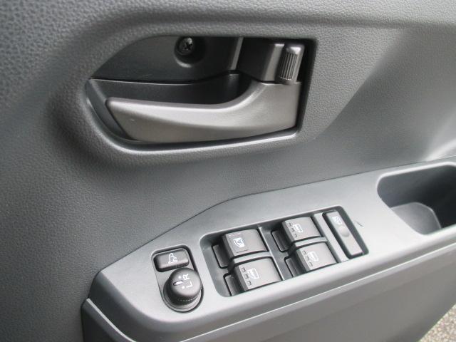 L SA 4WD 社外フルセグナビ Bカメラ 電動ドア(20枚目)
