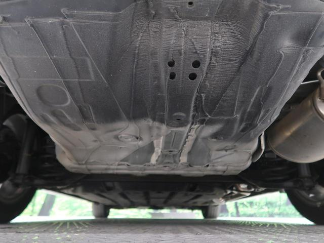ハイブリッドX 8型インターナビ 衝突軽減装置 クルーズコントロール LEDヘッド バックカメラ ETC ドライブレコーダー パドルシフト スマートキー ステアリングスイッチ オートエアコン オートライト 禁煙車(13枚目)