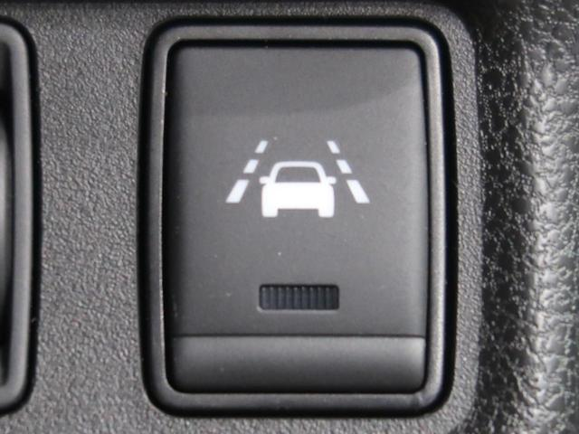 e-パワー X SDナビ 衝突軽減装置 車線逸脱警報 コーナンセンサー 横滑防止装置 スマートキー オートライト オートエアコン ETC 純正15AW 禁煙車(7枚目)