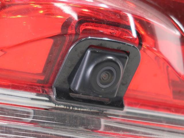 D パワーパッケージ アルパイン9型ナビ 天吊モニター 両側電動スライド HIDヘッド クルーズコントロール 前席シートヒーター パドルシフト ETC スマートキー ステアリングスイッチ オートライト バックカメラ 禁煙車(32枚目)
