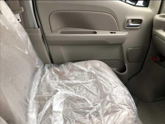 PZターボ4WD 届出済未使用車 片側電動スライドドア(14枚目)