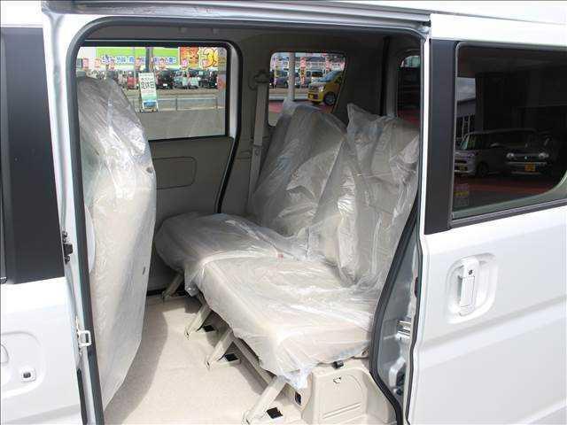 PZターボ4WD 届出済未使用車 片側電動スライドドア(17枚目)