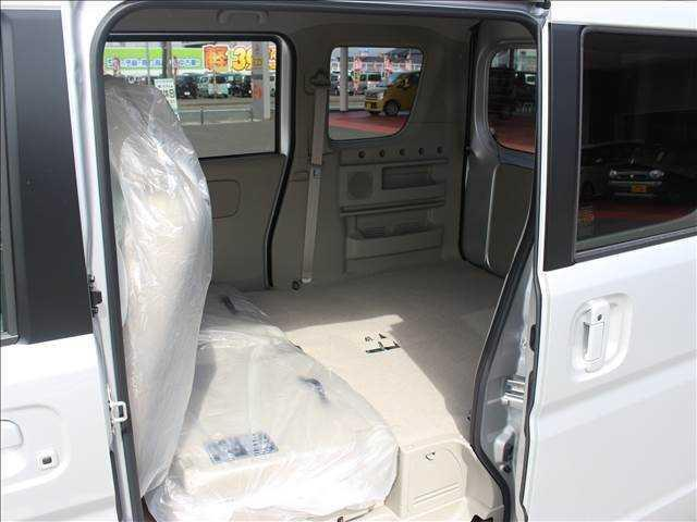 PZターボ4WD 届出済未使用車 片側電動スライドドア(18枚目)