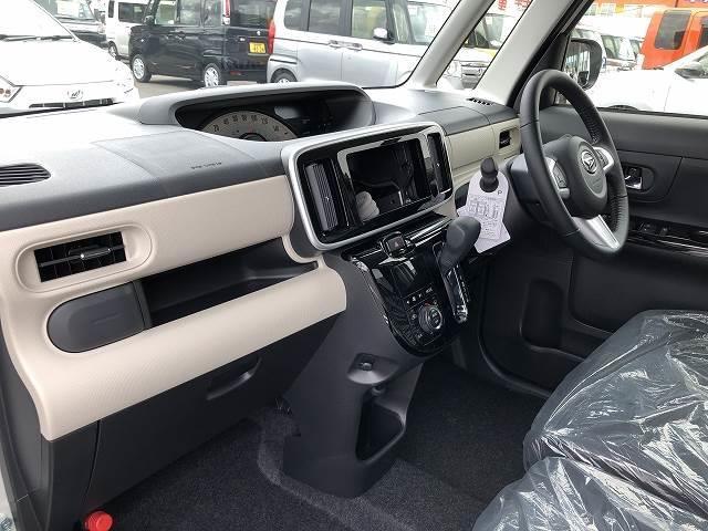 XブラックアクセントリミテッドSAIII 届出済未使用車(3枚目)
