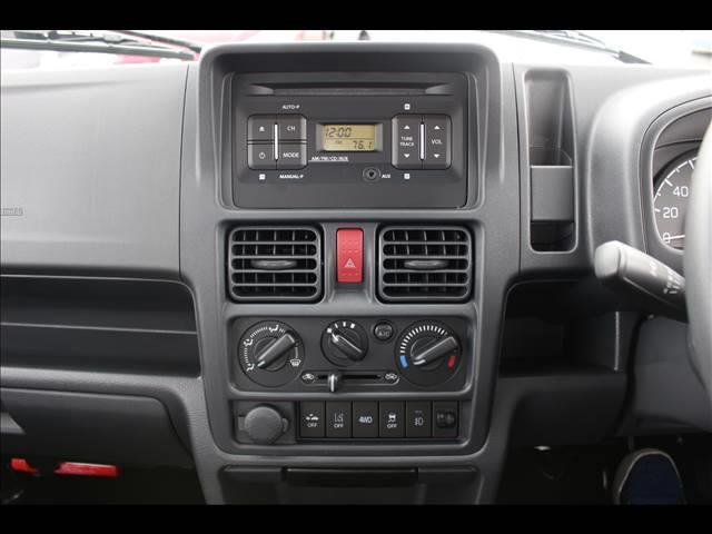 KX 衝突軽減ブレーキ 4WD 軽トラック 届出済軽未使用車(7枚目)