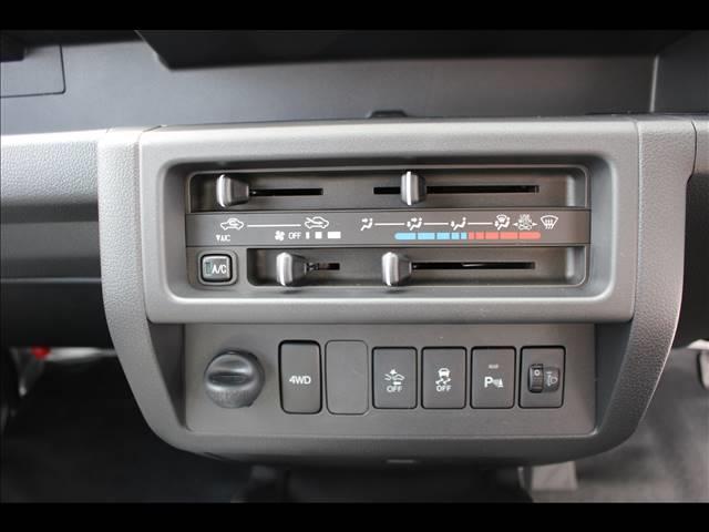 ジャンボSAIIIt 届出済未使用車 4速オートマ 軽トラ 4WD(10枚目)