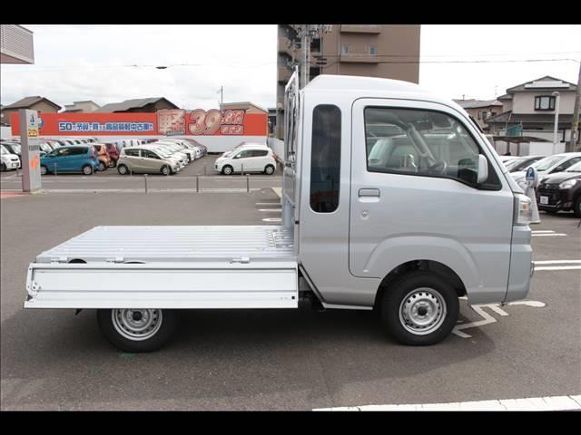 ジャンボSAIIIt 届出済未使用車 4速オートマ 軽トラ 4WD(19枚目)
