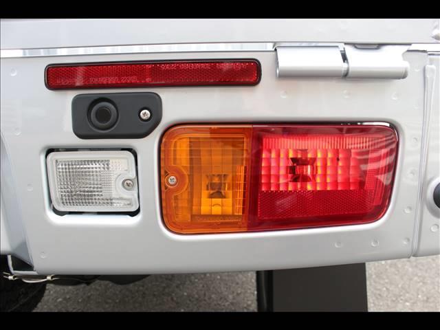 ジャンボSAIIIt 届出済未使用車 4速オートマ 軽トラ 4WD(24枚目)