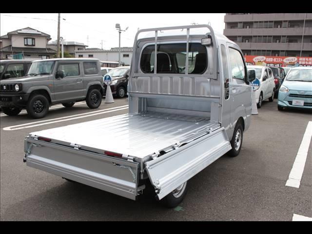 ジャンボSAIIIt 届出済未使用車 4速オートマ 軽トラ 4WD(25枚目)