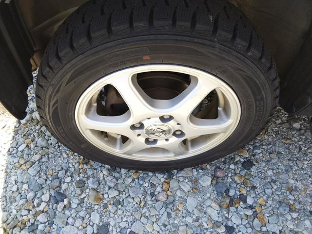 タイヤの交換、持ち込みも承っております。ネットからの購入でも当店で交換して納車いたします。お気軽にお声かけてください。