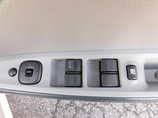 マツダ デミオ カジュアル e‐4WD キーレス 社外14インチAW