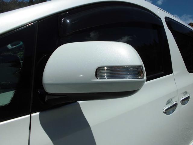 350S プライムセレクション 4WD メーカー純正HDDナビ&フルセグテレビ 後席純正フリップダウンモニター バックカメラ トヨタプレミアムサウンドシステム 7人乗りキャプテンシート 両側パワースライドドア HIDヘッドライト(19枚目)