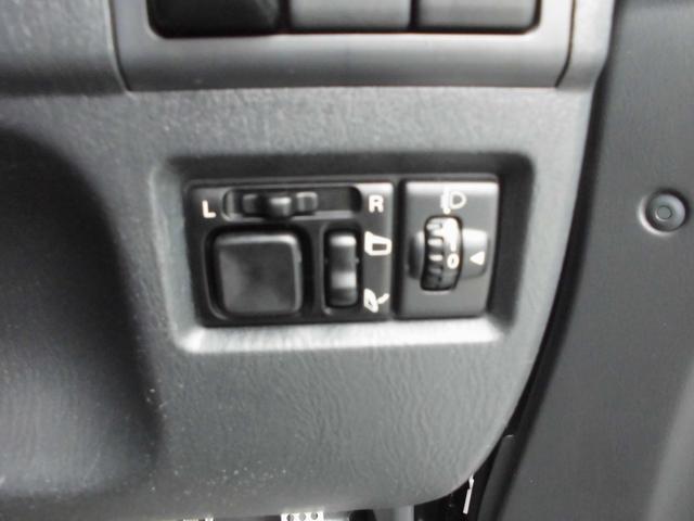 ワイルドウインド 4WDターボ リフトアップ 社外アルミ 前後社外カーボン調バンパー 社外マフラー 社外HDDナビ&フルセグテレビ&DVD&Bluetooth 専用レザーシート シートヒーター ルーフレール(65枚目)