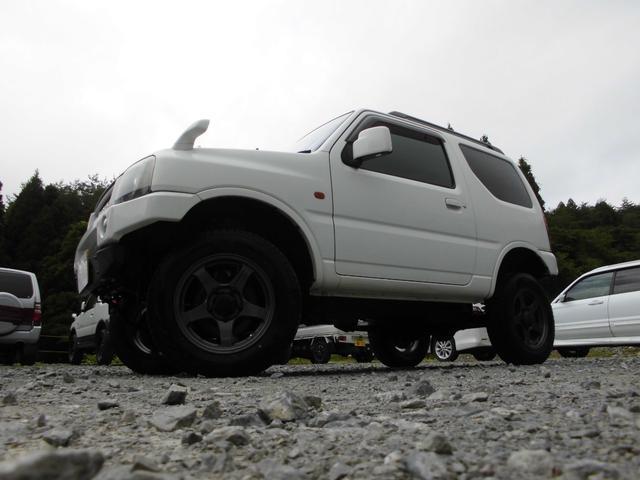 XC 4WDインタークーラーターボ 社外HDDナビ&DVD リフトアップ 社外16インチアルミ 前後社外バンパー 社外グリル 社外マフラー 社外LEDテールランプ フォグランプ マニュアル5速 ルーフレール(2枚目)