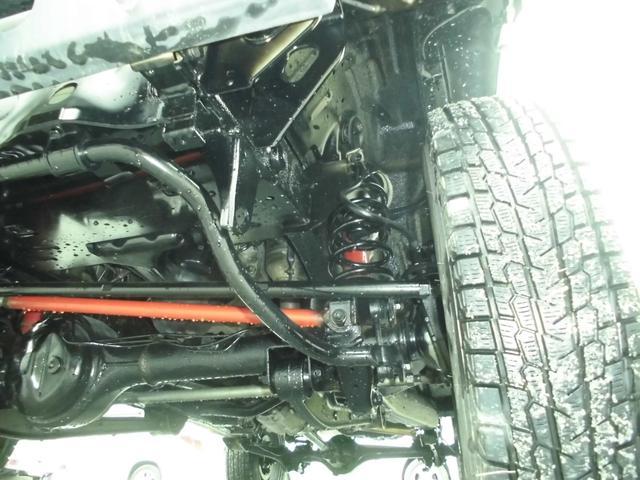 XC 4WDインタークーラーターボ 社外HDDナビ&DVD リフトアップ 社外16インチアルミ 前後社外バンパー 社外グリル 社外マフラー 社外LEDテールランプ フォグランプ マニュアル5速 ルーフレール(32枚目)