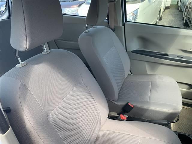 運転席・助手席のシートになります☆
