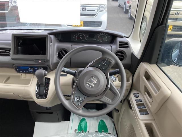 Gホンダセンシング 4WD ETC LED 衝突被害軽減システム シルバー CVT AC 修復歴無 両側スライドドア バックカメラ 4名乗り オーディオ付(3枚目)