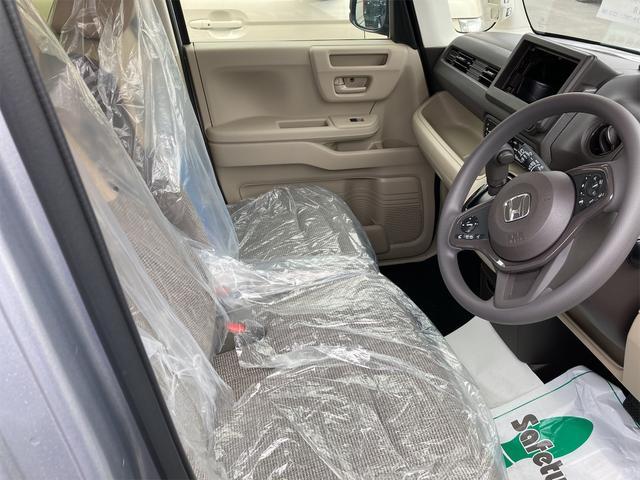 Gホンダセンシング 4WD ETC LED 衝突被害軽減システム シルバー CVT AC 修復歴無 両側スライドドア バックカメラ 4名乗り オーディオ付(5枚目)
