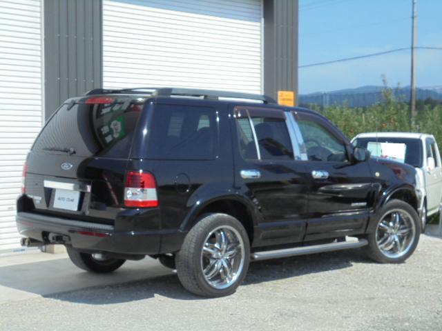 フォード フォード エクスプローラー XLTエクスクルーシブ 4WD