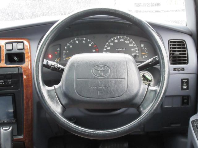 トヨタ ハイラックスサーフ SSR-XリフトアップサンルーフMGホイールUSコーナーナビ
