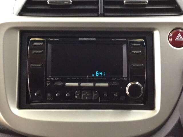 スマートセレクション 横滑り防止装置 ETC CD アルミ AW アイドルストップ キーフリ AC CD VSA クルコン ETC インテリジェントキー ディスチャージヘッドランプ 盗難防止 ABS(5枚目)
