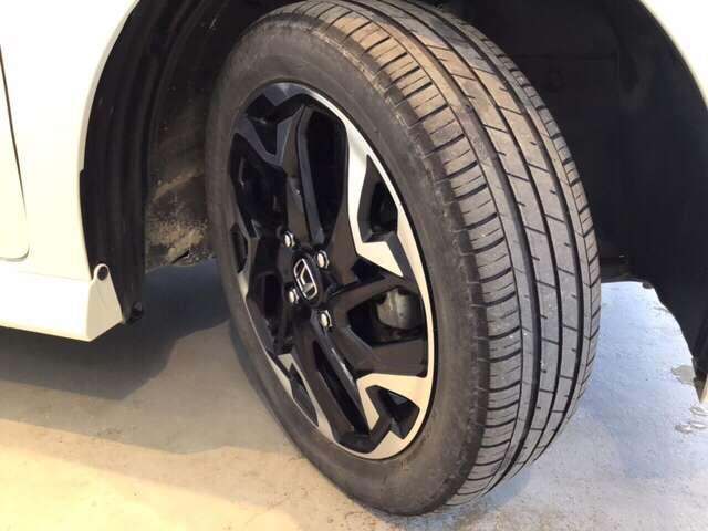 G・Lターボホンダセンシング 衝突被害軽減ブレーキ LEDヘッドライト アイドリングストップ ABS キーレス 4WD ETC スマートキー ターボ 衝突軽減B レーダークルコン 両側自動ドア LEDヘッドライト パワステ(19枚目)