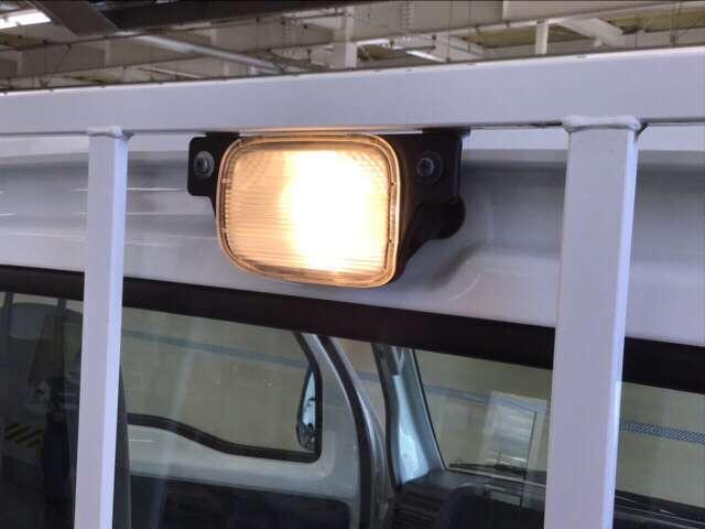 アタック エアコン ラジオ パワーウィンドウ AC 運転席エアバッグ キーレス付 パワーウィンド フルタイム4WD P/S(10枚目)