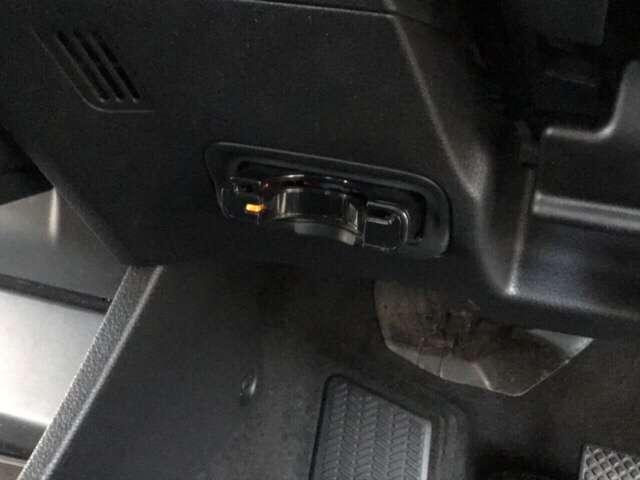 ハイブリッドX 衝突被害軽減ブレーキ ナビ ETC Bカメ ナビTV スマートキ- AW VSA クルーズコントロール DVD再生 ETC車載器 アイドリングストップ メモリーナビ キーレス 盗難防止装置 CD(11枚目)