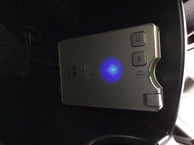 G ジャストセレクション 横滑り防止装置 ナビ バックカメラ ETC キ-レス Sキー HIDヘッドライト CD ワンセグTV ABS VSA ナビ・TV バックモニター付 メモリーナビ付 AC DVD再生 ETC付き AUX(9枚目)