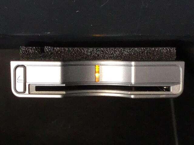 G・Lパッケージ 横滑り防止装置 メモリーナビ アルミ アルミ 後カメラ CDチューナー HIDライト ナビTV メモリーナビ DVD 4WD ETC ABS ワンセグ ベンチシート アイドリングストップ キーレス(11枚目)