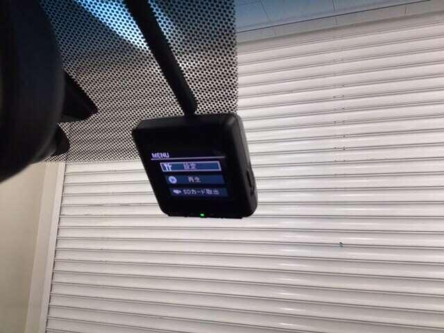 ハイブリッド・Gホンダセンシング 地デジ クルーズコントロール 衝突軽減 LEDヘッドライト Bカメ ナビTV メモリーナビ ETC スマートキー キーレス 盗難防止装置 ABS デュアルパワースライドドア ECON エアバック CD(12枚目)