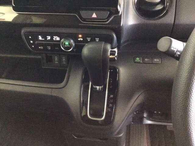G・Lホンダセンシング 衝突被害軽減ブレーキ 横滑り防止装置 LEDヘッドランプ ESC ベンチシート クルーズコントロール 盗難防止 アイドリングS ETC車載器 AC AW ABS 両側スライド左側パワースライドドア(5枚目)