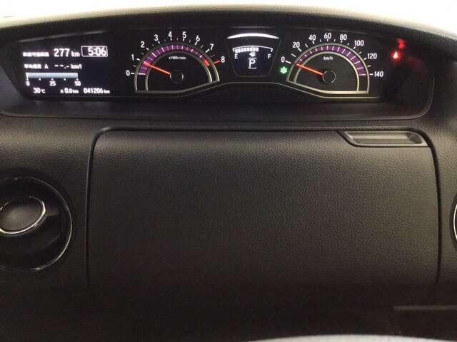 G・Lホンダセンシング 衝突被害軽減ブレーキ 横滑り防止装置 LEDヘッドランプ ESC ベンチシート クルーズコントロール 盗難防止 アイドリングS ETC車載器 AC AW ABS 両側スライド左側パワースライドドア(16枚目)