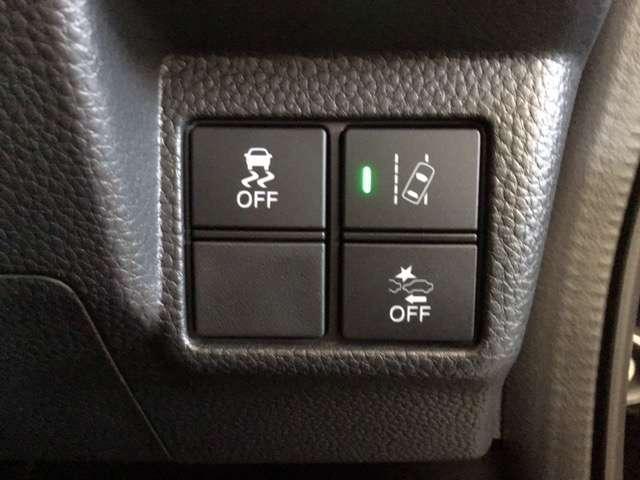 G・Lホンダセンシング ドラレコ 衝突被害軽減ブレーキ ナビ LEDヘッドライト 衝突軽減 オートエアコン キーフリー リアカメラ ETC 4WD フルセグ シートヒーター DVD メモリーナビ アイドリングストップ ABS(11枚目)