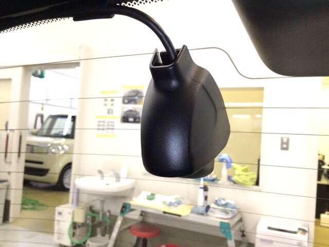 ホーム 衝突被害軽減ブレーキ 障害物センサー Bカメラ ETC クルコン スマートキー フルセグ LEDヘッドライト 衝突被害軽減(9枚目)