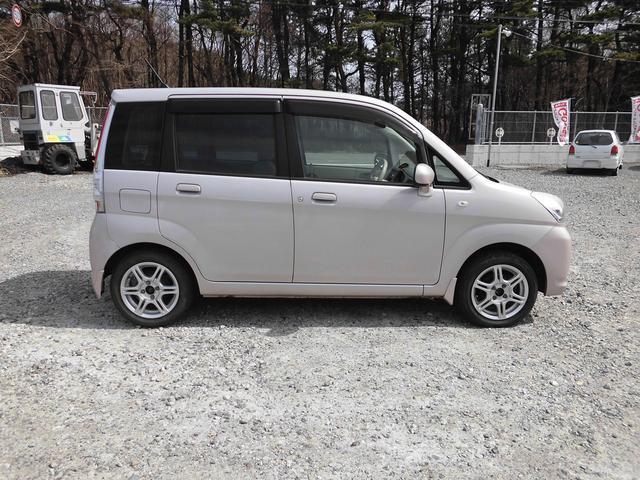 LX 4WD CVT インパネオートマ キーレス(4枚目)