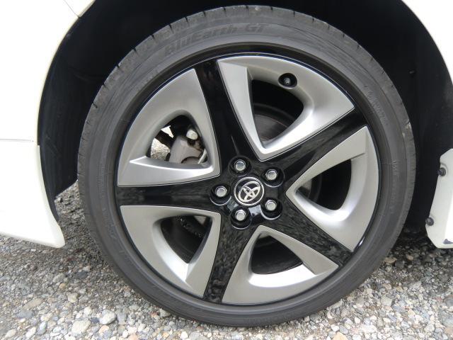 Sツーリングセレクション 現行後期モデル 4WD ワンオーナー車 レザーグレード TRDフルエアロ 新品純正エンジンスターター アルパイン9インチフルセグTV・ナビ・バックカメラ クルコン付 ETC 衝突被害軽減システム(31枚目)