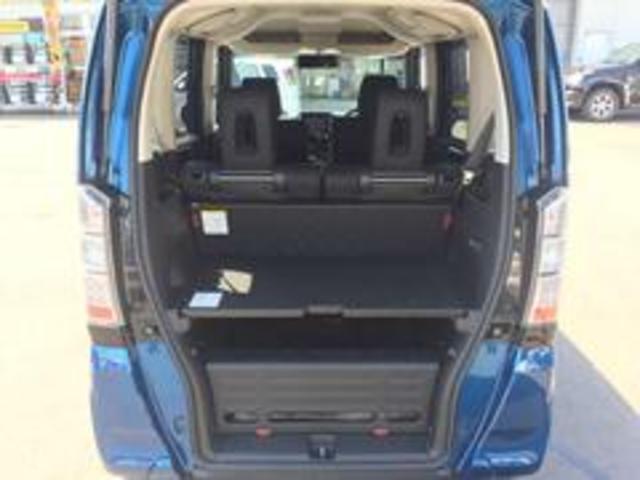 ホンダ N BOX+ 2トーンカラースタイルGターボSSパッケージ 4WD